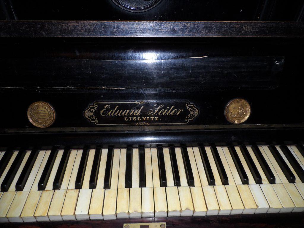 pianino-seiler-muzeum-zywiec-1